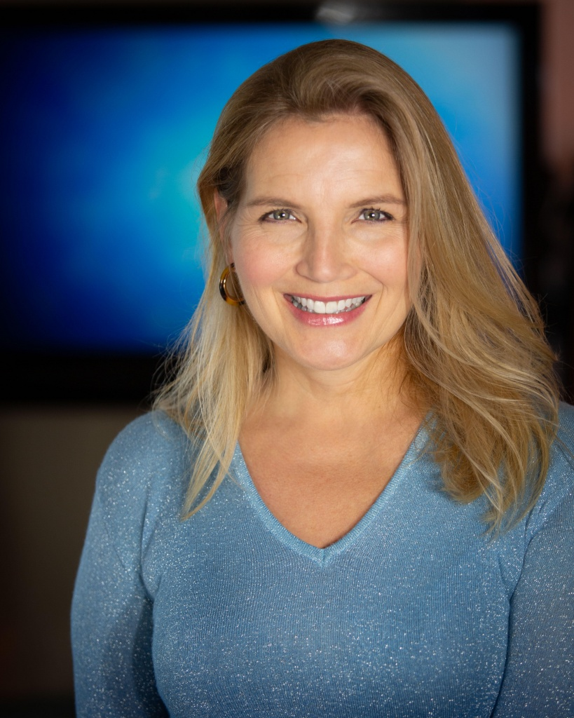 Head shot of Jennifer Marcil, 2019 fellow of Creative Lab Hawaii Producers Immersive.