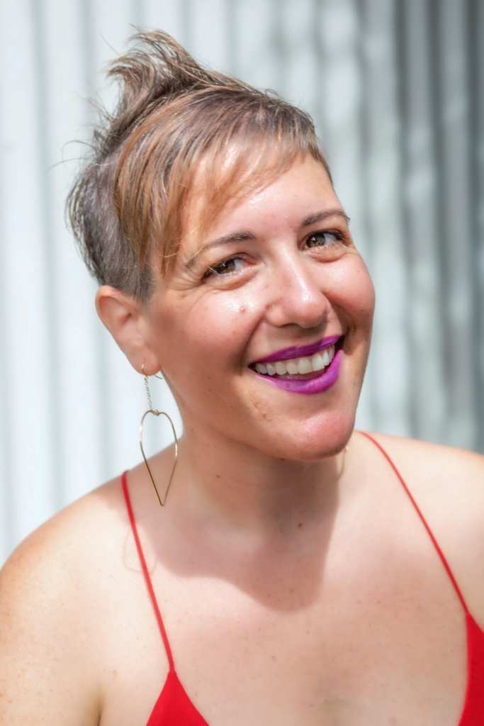 Orit Tashman is a fellow in the Creative Lab Hawaiʻi Writers Immersive 2019 cohort.